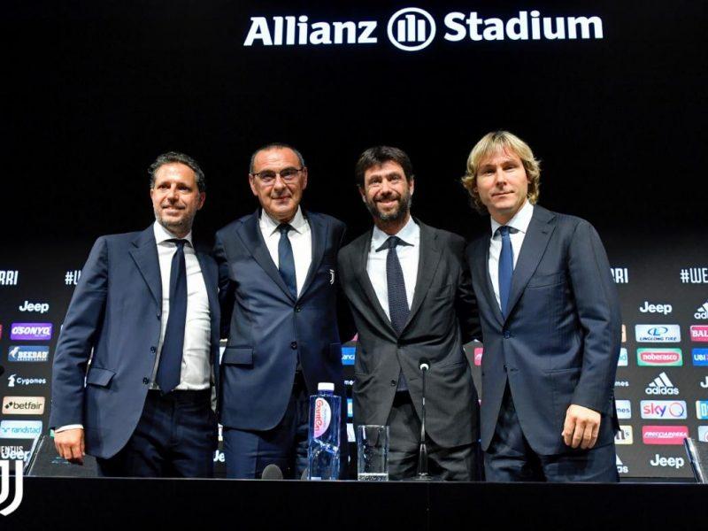 Buổi họp báo đầu tiên của Maurizio Sarri trên cương vị HLV trưởng của Juventus