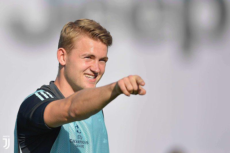 Juventus tập buổi cuối trước thềm đại chiến gặp Bayer Leverkusen